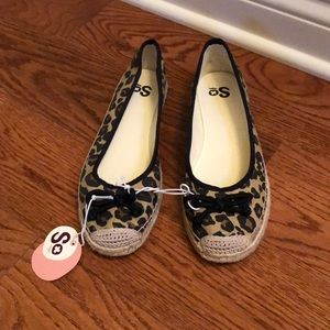 SO leopard flats size 8.5 M new